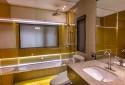 高級大浴缸、TOTO免治馬桶